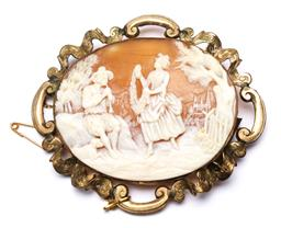 Sale 9238 - Lot 41 - A 19th century gold fill carved shell cameo brooch (W:7.5cm Wt 17.5g approx)