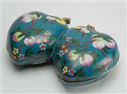 Sale 8536 - Lot 5 - An early 20th century cloisonne double peach lidded box with enamelled interior and heart shaped base rest, W 29cm