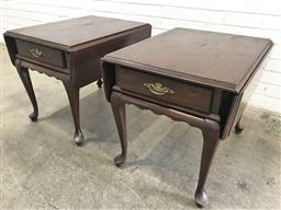 Sale 9121 - Lot 1068 - Pair of Ethan Allen American-made drop side single drawer bedside tables (h:57 w:65 d:55cm)