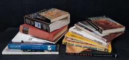 Sale 9208 - Lot 2039 - 2 Boxes of Cultural & Other Books incl The Art and Architecture of India, Buddhist - Hindu - Jain 1953 Penguin