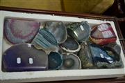 Sale 7981A - Lot 1054 - Box Mixed Agate