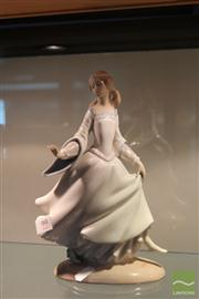 Sale 8288 - Lot 99 - Lladro Lady Figure