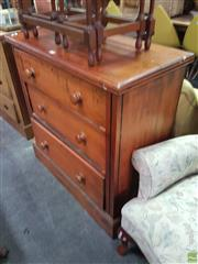 Sale 8566 - Lot 1249 - Small Chest of Drawers (90 x 45 x 95)