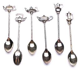 Sale 9246 - Lot 72 - A boxed set of novelty silvered teaspoons (L:11.5cm)