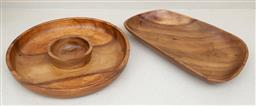 Sale 9150H - Lot 200 - Two timber serving trays, including a hors douevures, Diameter 35cm