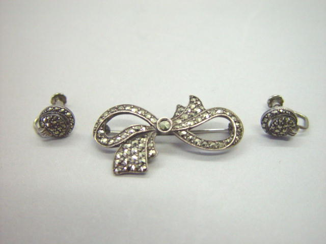 Sale 3554 - Lot 10 - A MARCASITE BROOCH AND A PAIR OF EARRINGS;