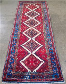 Sale 9188 - Lot 1297 - Persian hand knotted pure wool Hamadan runner (302 x 108cm)
