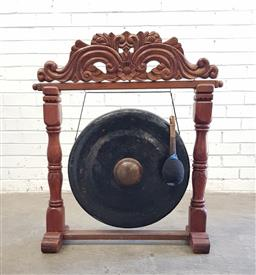 Sale 9102 - Lot 1183 - Oversized Gong on timber stand (h92cm)