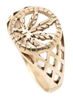 Sale 9164J - Lot 380 - A 9CT GOLD RING; pierced tapered ring with marajana leaf top and lattice shoulders, size S, width 13.5mm, wt. 4.55g.