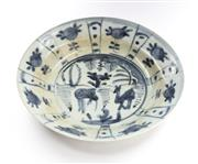 Sale 8517A - Lot 28 - A late Ming Swatow porcelain plate with deer design, D 21cm, with hairline crack