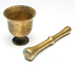 Sale 9255S - Lot 21 - A small vintage brass Mortar and Peatle