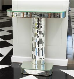 Sale 9248H - Lot 235 - A mirrored pedestal console table Height 70cm