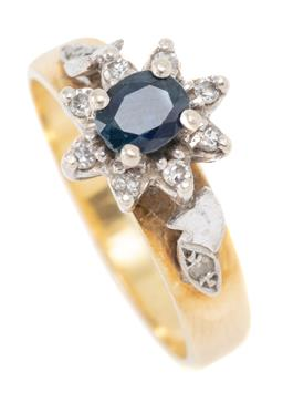 Sale 9177 - Lot 313 - A VINTAGE 18CT GOLD SAPPHIRE AND DIAMOND CLUSTER RING; top applied with a 9ct white gold basket mount and shoulders centring an oval...