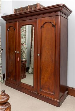 Sale 9260M - Lot 83 - A large Victorian three door cedar wardrobe with 5 internal sliding drawers to centre flanked by hanging rails to each side H 217 W...