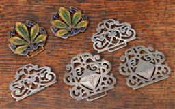 Sale 9120H - Lot 107 - A collection of belt and shoe buckles including silver examples and enamelled leaf examples