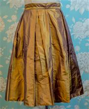 Sale 8474A - Lot 87 - A fabulous Veronica Maine 100% silk bronze pleated skirt - Condition: As New - Size: 10