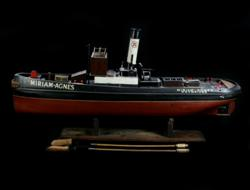 Sale 7907 - Lot 6 - Miriam Agnes - Weybridge  Timber Single Funnel Liner Steam Boat with Two Cleaning Accessories (Length - 100cm)
