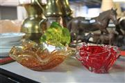 Sale 8231 - Lot 62 - Carnival Glass Bowl with 2 Coloured Glass Pieces (3)