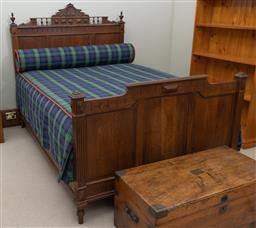 Sale 9260M - Lot 87 - A timber framed oak bed H 137cm L 201cm W 138cm , complete with mattress and bedding