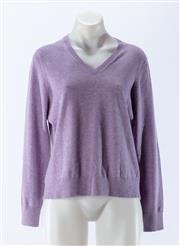 Sale 8910F - Lot 52 - A Lands-End pure cashmere v-neck sweater in light purple marle, S 10-12