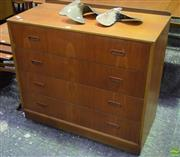 Sale 8550 - Lot 1057 - Vintage Chest of Four Drawers