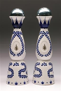Sale 9136 - Lot 213 - A Pair of blue and white lidded decanters H: 39cm