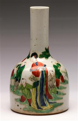 Sale 9136 - Lot 205 - A mallet shaped Chinese vase featuring characters (H 23cm) marked to base