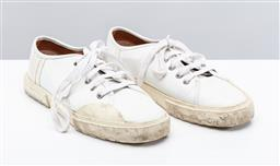 Sale 9253J - Lot 542 - A PAIR OF BALLY WHITE LEATHER RUNNERS, size 40.