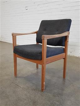 Sale 9151 - Lot 1193 - Modern timber reception chair by McNelly (h85 x 60 x d66cm)