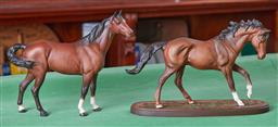 Sale 9103H - Lot 81 - A Beswick figure of a horse together with a Royal Doulton figurine of The Winner DA154, both with a matte finish, Length 28cm