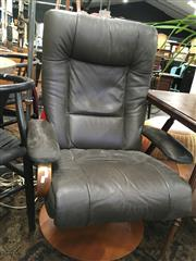 Sale 8782 - Lot 1369 - Bent Ply and Leather Recliner