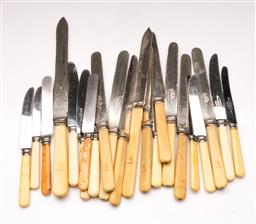 Sale 9098 - Lot 210 - Collection of mismatched knives