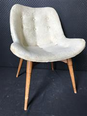 Sale 9022 - Lot 1027 - Grant Featherston A350 Sitting Room Chair with Original Beige Upholstery (h:76 x w:56cm)