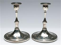 Sale 9164 - Lot 487 - Pair of silver plated candlesticks (H: 17cm)