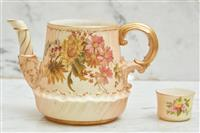 Sale 9090H - Lot 58 - A hand painted Royal Worcester tea pot (lid broken but pieces available) together with a miniature pot. Height 12cm