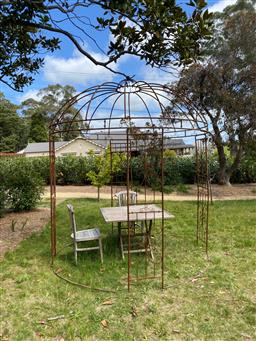 Sale 9248H - Lot 3A - An old tubular steel gazebo with aged rust patina. Recently dismantled and re assembled 2.5m diameter 3m height