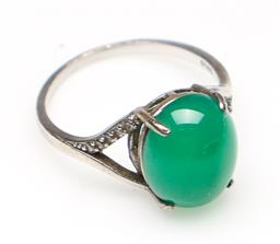 Sale 9253 - Lot 146 - A green insert Chinese ring