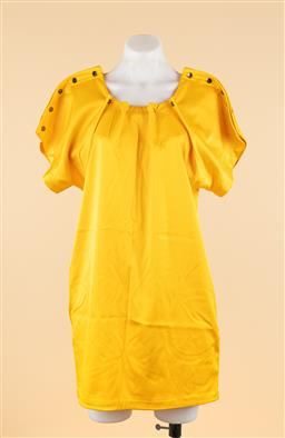 Sale 9250F - Lot 17 - A Kirrily Johnston yellow dress with button shoulders and two side pockets, size 10.