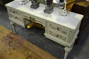 Sale 8031 - Lot 1052 - Raised Timber Dresser w 5 Drawers