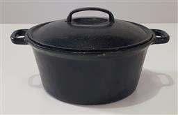 Sale 9215 - Lot 1063 - Cast Iron Double Handled Casserole Dish or Pot, with cover & painted black finish (h:16 x d:25cm)