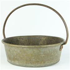 Sale 8351A - Lot 14 - French Brass Fixed Handle Pot diameter 34cm depth 11cm(approx weight 2.5kg)
