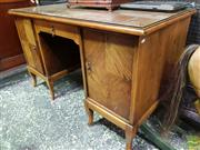 Sale 8539 - Lot 1024 - 1930s/40s Continental Oak Desk, with central drawer & two quarter veneered doors, one enclosing slides, W 129cm