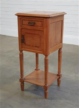 Sale 9188 - Lot 1534 - Marble top side cabinet with single door (h:64 x w:30 x d:39cm)