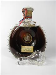 Sale 8329 - Lot 501 - 1x Remy Martin Very Old, Age Unknown Grande Champagne Cognac - Baccarrat Crystal decanter (marked 117 to base) with stopper, in or...