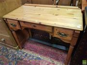 Sale 8593 - Lot 1033 - Small Three Drawer Desk
