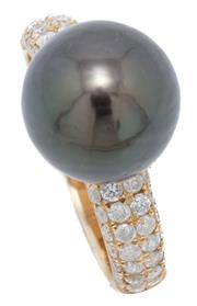Sale 9046 - Lot 511 - A 14CT GOLD TAHITIAN PEARL AND DIAMOND RING; set with a 10mm near round cultured pearl of very good lustre and some blemishes to rou...