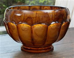 Sale 9120H - Lot 191 - An amber coloured swirled glass bowl, Height 17cm