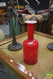 Sale 8326 - Lot 1618 - Pair of 3 Shade Table Lamps w Red & White Glass vase