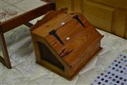 Sale 8046 - Lot 1021 - Pine Bread Box