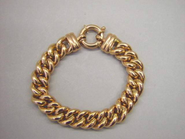 Sale 3545 - Lot 66 - A 9CT ROSE GOLD CRUB LINK BRACELET;
